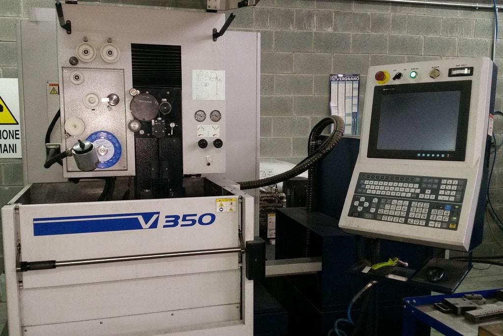 v350-min
